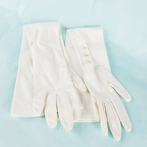 Accessories - Off White Long Evening Gloves w Pearl Buttons 6.5